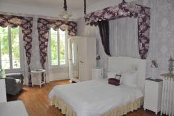 Chambres d'Hôtes L'Arbre d'Or de Marc-Aurele, 16 rue Despeyrous, 82500, Beaumont-de-Lomagne