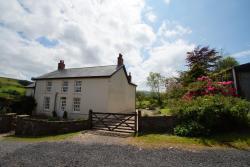 Onnen Fawr Farmhouse, Onnen Fawr Farm, Crai, Brecon, LD3 8PY, Cray