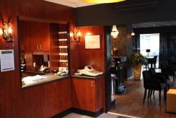 Hotel Royal Zelzate, Burg. J. Chalmetlaan 21, 9060, Zelzate