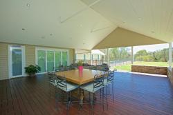 Tandara House, 19 Greenhaven Glade, 6031, Carramar