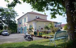 Avenue de la Gare, Gare restaurée 12 avenue de la Gare, 32400, Riscle
