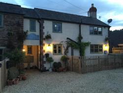Christmas Cottage, 6a High Street, Blakeney, Lydney, GL15 4DY, Blakeney