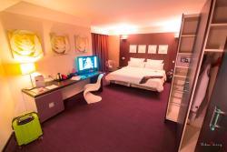 Le Rex Hôtel, 10, Cours Gambetta, 65000, Tarbes