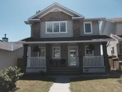 Harmony House Vacation Home, 57 Cimarron Meadows Crescent, T1S 1T1, Okotoks