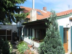 House Agnesa, Berounská 2, 104 00, Prague