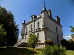 Le Castel d'Ahun, 28 Bis Grande Rue, 23150, Ahun