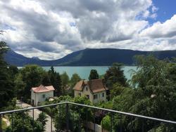 Appartement Bel Azur, 30 impasse du Port, 74290, Veyrier-du-Lac