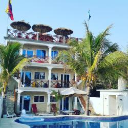 Hotel La Guitarra, Playa Rosario Monterrico Calle Principal, 06024, El Rosario La Muerte