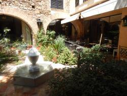 Hotel de La Font Peralada, Baixada de la Font, 15-19, 17491, Peralada
