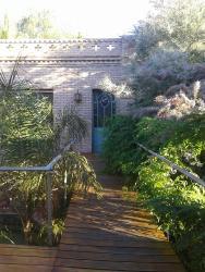 Casa en el campo de Lulunta, Azcuenaga 2006, 5507, 路冉得库约