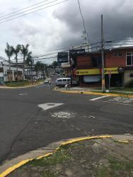 Isha Hostel, Avenida 8 y Calle 45 Diagnoal to Plaza Vivo, 11501, Los Yoses