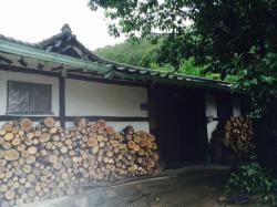 Hwajeong Hanok Bed and Breakfast, 25-14 Kyogol-gil, Yangseo-Myeon, 476-822, Yangpyeong