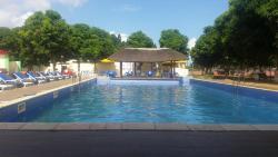 Quinta do Destino Resort, Rua direta do Zango 3 1a Paragem a direita perto da Escola de formação da Polícia P.I.R.,, Luanda