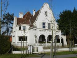 B&B Maison Rabelais, Normandielaan 4, 8420, De Haan