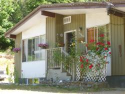 Granny's Guesthouse, 1060 Keith Road, V0N 1V7, Gibsons