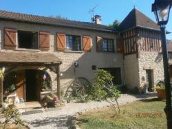 B&B Aux Vieilles Pierres, 2, Rue De Pacy (Houlbec Cocherel), 27120, Chambray