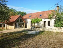 Holiday home Maison Cambefort Cressensac,  46600, Cressensac