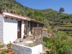 Holiday home Casa Los Castaños Arbejales,  35333, Teror