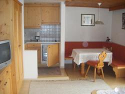 Ferienwohnung Fischerhof, Gasse 173, 6105, Leutasch