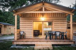 Village Mont Blanc - Camping L'Ecureuil, 490 route des follieux, 74700, Sallanches