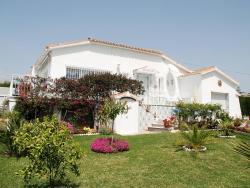 Holiday home Puerta De Hierro Venus Chilches,  29191, Chilches