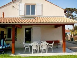 Holiday home Moutiers La Bernerie en Retz,  44760, La Rogère