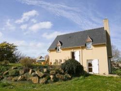 Holiday home Maison Bouanga Trevou Treguignec,  22660, Trévou-Tréguignec