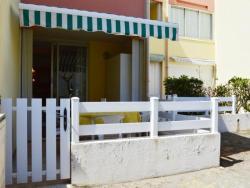 Rental Apartment Capounades - Narbonne Plage, Residence Les Capounades Appartement N°155 Batiment G Rez De Chaussee Avenue Du Languedoc, 11100, Narbonne-Plage