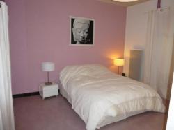 Rental Apartment Place Roussel - Ax-Les-Thermes, 4 Place Roussel, 09110, Ax-les-Thermes