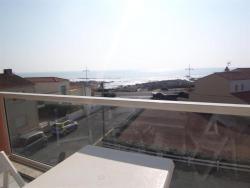 Rental Apartment Face Mer, Rue Des Doris, 85100, La Chaume