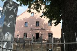 Sporcher Nest Hotel, Haffnersgartenstrasse 1, 90556, Cadolzburg