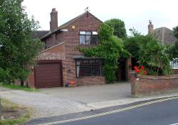 Barnfield B&B, 35 Point Clear Road St Osyth, CO16 8EP, Saint Osyth