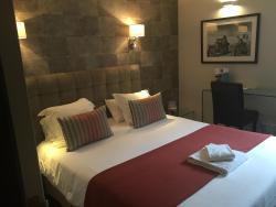 Comfort Hotel - Cergy-Pontoise, Parc D'activités De Bellevue - Rn184, 95610, Éragny