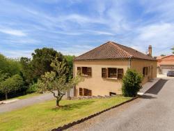 Holiday Home Ventojols Pres De Sarlat 1,  24200, Ville Neuve