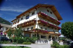 Gasthof zum Lowen, Dorfplatz 9, 6274, Aschau