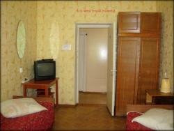 Hotel Oktyabrskaya, Ulitsa Oktyabrskaya 13, 162510, Kaduy