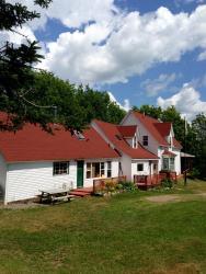 HI-Wentworth International Hostel & Lodge, 249 Wentworth Station Road., R.R.#1, Wentworth, Nova Scotia, B0M 1Z0, Wentworth