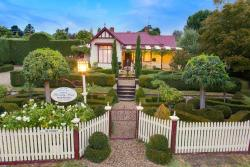 Barnsley House Bed and Breakfast, 5 John Street, 3747, Beechworth