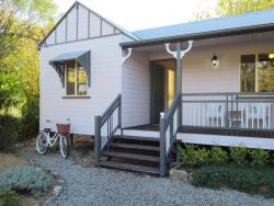 Briar Rose Cottages, 66 Wallangarra Road, 4380, Stanthorpe