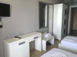 Hotel Nimfa, Prane Zhironit, Rr. Nacionale Vlore-Sarande, 9400, Wlora