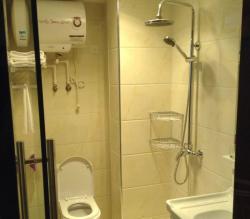 Chengguo Apartment, Mincheng 8090 Apartment, Dahualing Village, 430200, Jiangxia