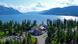 Quaaout Lodge & Spa at Talking Rock Golf Resort, 1663 Little Shuswap Lake Road West, V0E 1M2, Squilax