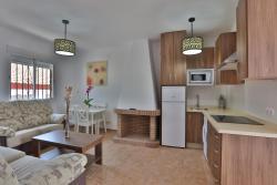 Apartamentos El Madroñal, Ctra. de la Sierra A-319 Km 58,5, 23292, Coto Rios