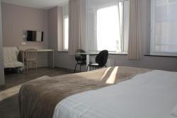 Hotel La Louve, Rue Sylvain Guyaux 37, 7100, La Louvière