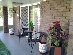 Bottlebrush B & B, 8 Hannah Court, 4650, Maryborough