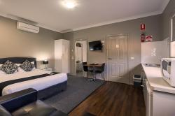 Akuna Motor Inn and Apartments, 109-111 Whylandra Street, 2830, Dubbo