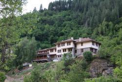 Bedenski Bani Hotel, Bedenski Mineralni Bani 4 Hotel Bedenski Bani, 4710, Shiroka Lŭka