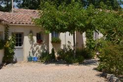 Bed & Breakfast Villa Isis, 41 Chemin Du Bastidon, 83136, Forcalqueiret