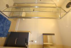 Exclusive Lytham Studio, 8 Lytham close, SE28 8QH, Dagenham