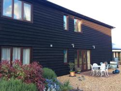 The Old Grain Store Bed & Breakfast, Fen Road, PE28 3DF, Pidley